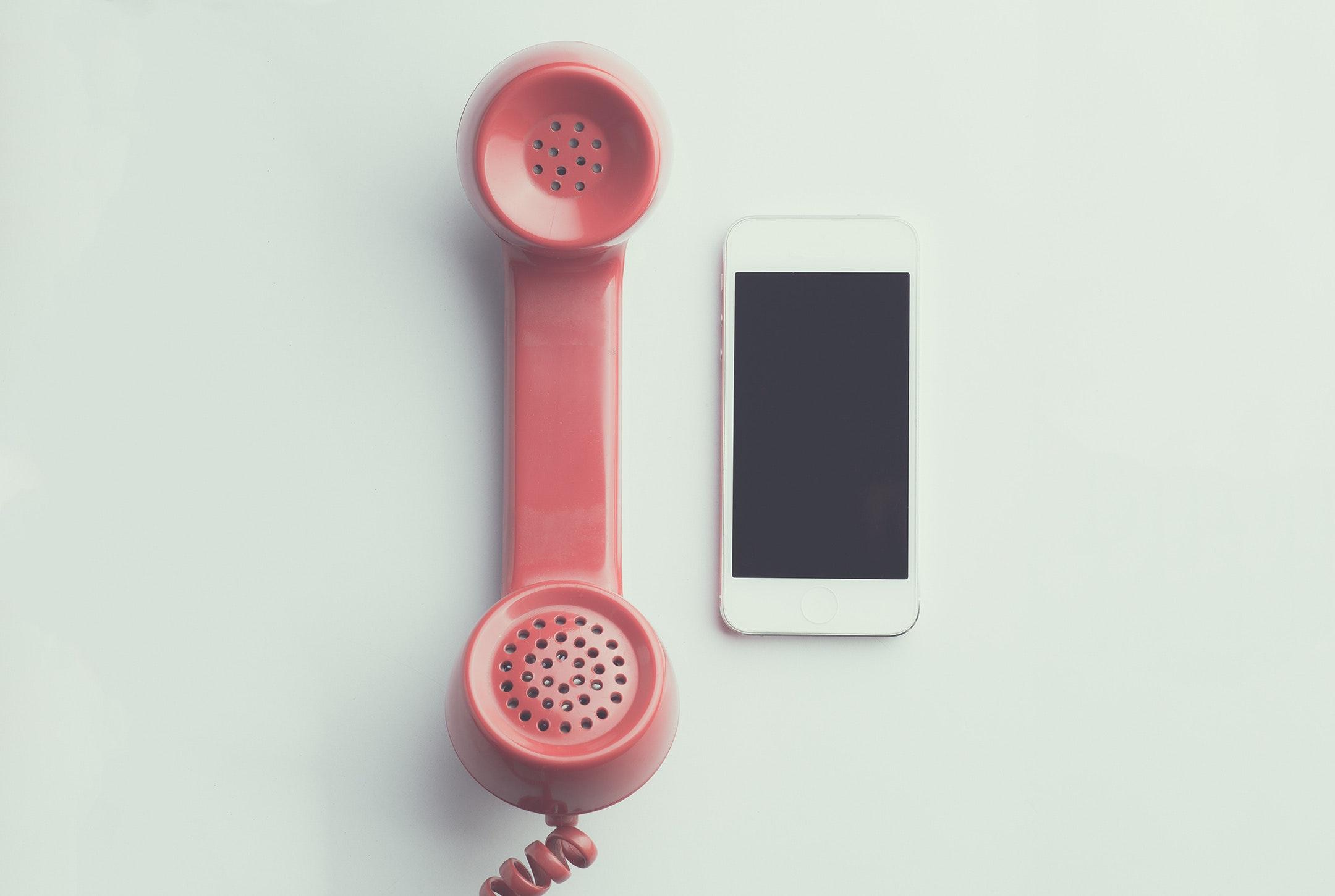 apple-device-cellphone-communication-device-594452 (1)